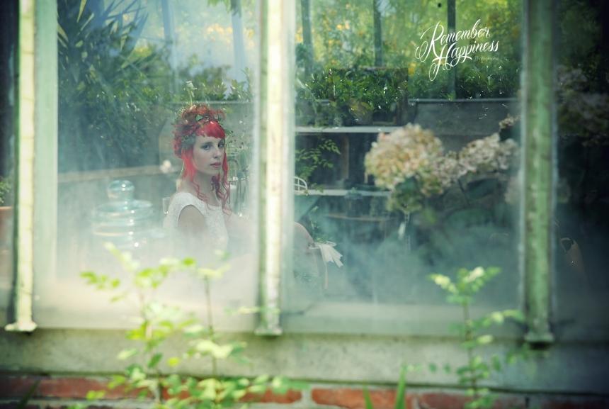 Avril La Rouge-68